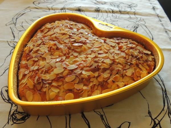 Päärynämantelikakku